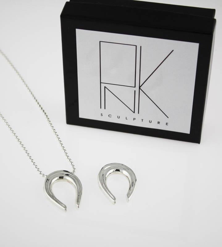 Ottawa_Silver_Jewelry_horseshoe_pendant_style_denim